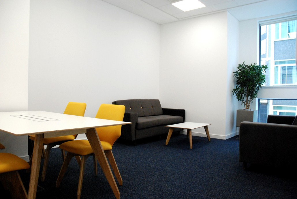 Rothschild & Co - Birmingham Office Refurbishment 04